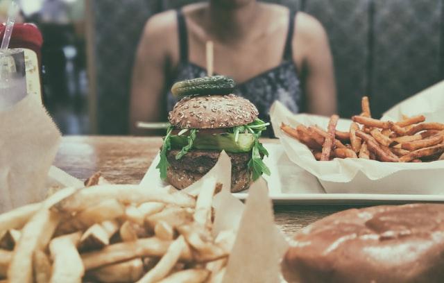 減らす 食事 脂肪 内臓